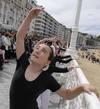 Ballet en la barandilla de La Concha