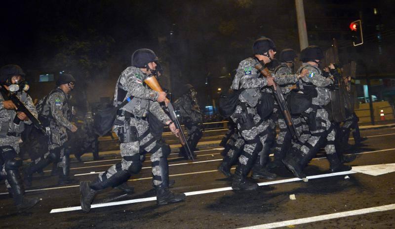 Batalla campal en los alrededores del Maracaná