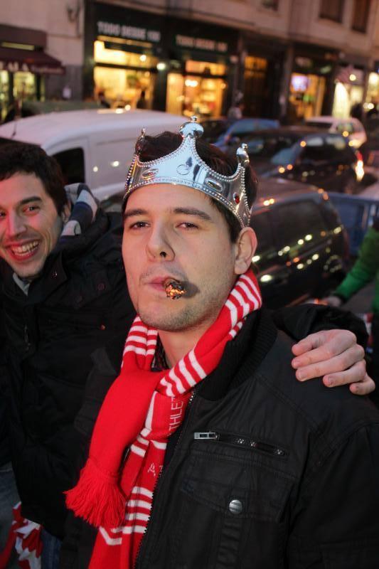 Los aficionados caldean Bilbao antes del derbi vasco
